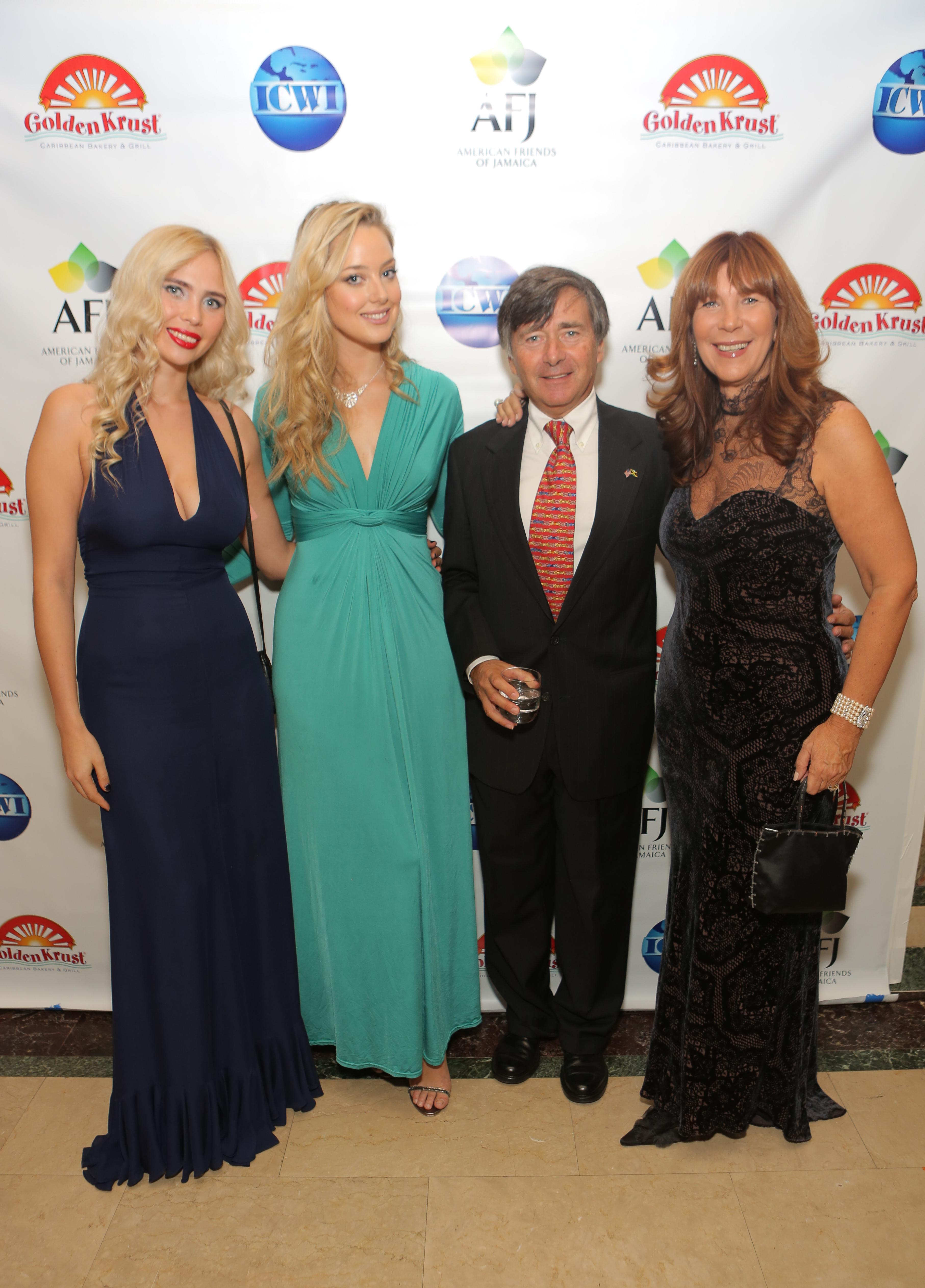 2015 Hummingbird Gala